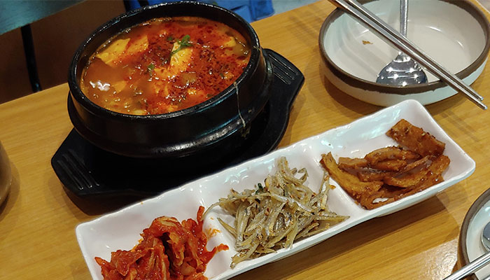 Korean food is enjoying a surge of popularity in Australia along with other aspects of Korean culture like fashion and music.