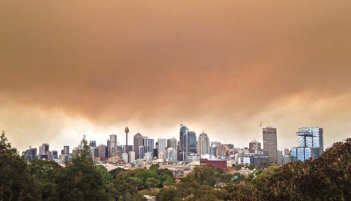 Bushfire smoke over Sydney in 2013
