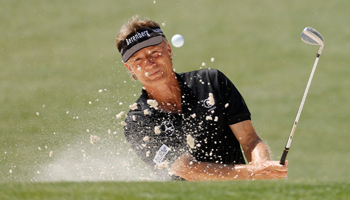 For golf pros, cool heads beat hot hands: new study